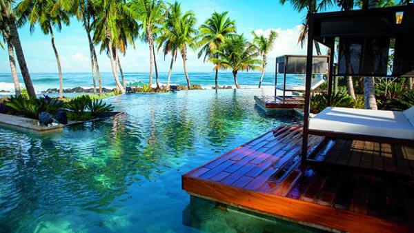 thiet-ke-web-resort-khach-san